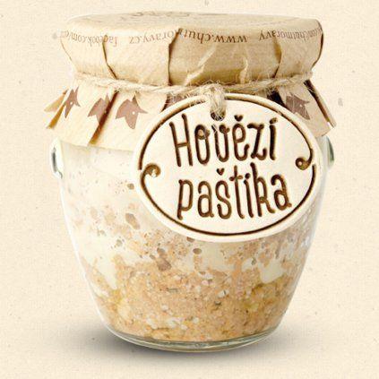 Der Geschmack von Moravia - Beef Pate ist in organischer Qualität und der anschließende Produktionsprozess findet ohne Zusatz von chemischen Konservierungsstoffen außer Salz statt. Wir können diese Pastete stolz als eindeutig gesund erklären. 170 g Chuť Moravy s.r.o.